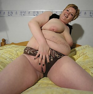 Fat MILF Pussy Porn Pictures