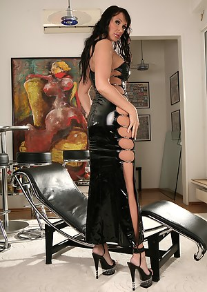 MILF Latex Porn Pictures