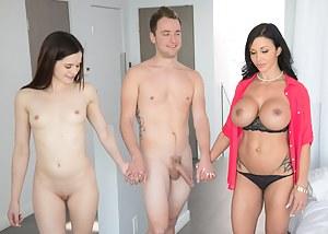MILF FFM Porn Pictures